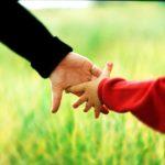 Dítě má právo na nepřetržitou přítomnost rodiče i ve škole/školce/kroužku