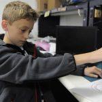 Škola byla pro průmyslovou dobu, unschooling je pro budoucnost