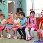 Co se stane, když do školy posíláme příliš malé děti? Harvardská studie ukazuje rizika
