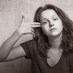 Počet sebevražd mezi mladistvými narůstá. Jak mohou rodiče svým dětem pomoci?
